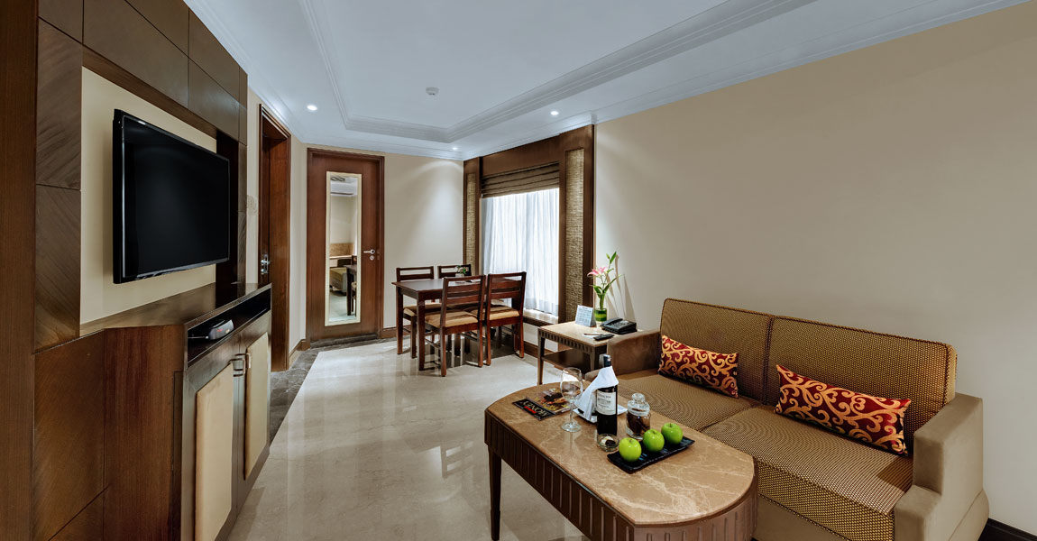 Studio---Living-Room-Ramada-Plaza-Chennai