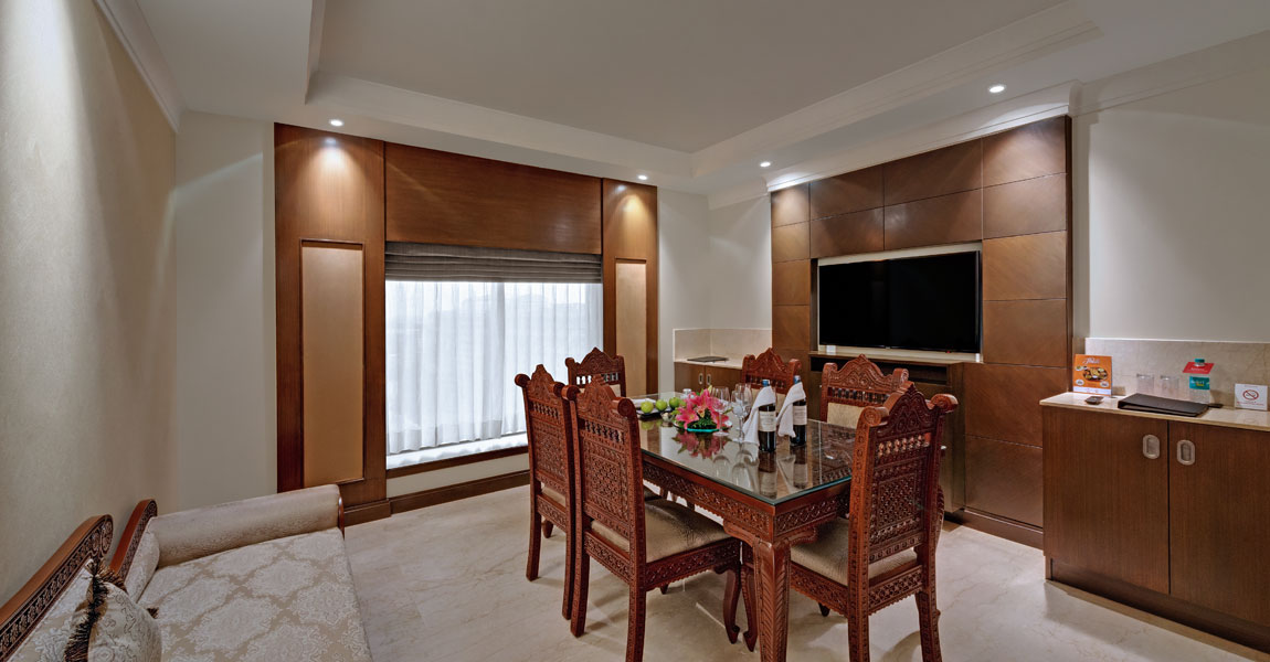Rajarajan-Suite---Living-Room