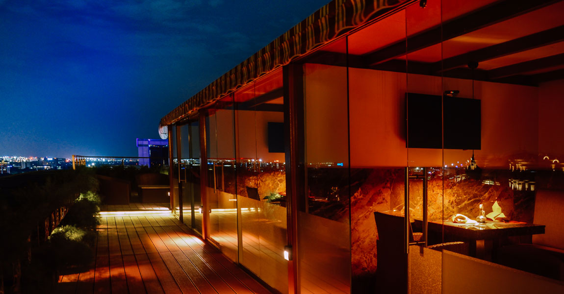 Rooftop-Lounge-Rooftop-Dining-in-Chennai-in-Guindy