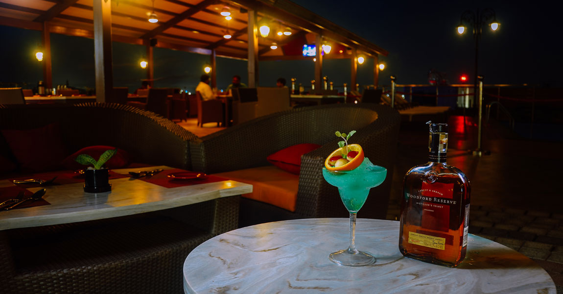 Rooftop-Lounge-Rooftop-Dining-in-Chennai